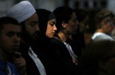 Tín đồ Hồi giáo dự lễ cầu nguyện tại nhà thờ trên khắp đất Pháp