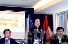 Người Việt ở Séc phát động ủng hộ biển đảo và học sinh miền núi