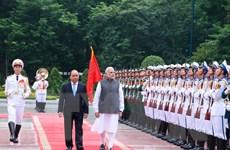 Thủ tướng Ấn Độ kết thúc tốt đẹp chuyến thăm chính thức Việt Nam