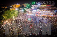 Hà Nội sẽ chấn chỉnh lộn xộn tại phố đi bộ quanh Hồ Gươm