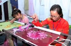 Khai mạc Liên hoan du lịch làng nghề truyền thống Hà Nội-Việt Nam