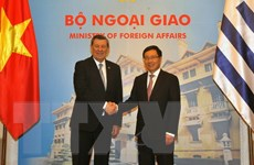 Bộ trưởng Ngoại giao Đông Uruguay thăm chính thức Việt Nam