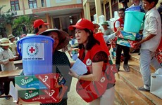 Hơn 45,9 tỷ đồng ủng hộ đồng bào lũ lụt qua Mặt trận Tổ quốc các cấp