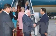 Tổng thống Ireland và Phu nhân bắt đầu thăm cấp Nhà nước tới Việt Nam