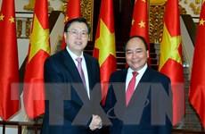 Thủ tướng Nguyễn Xuân Phúc tiếp Ủy viên trưởng Nhân đại Trung Quốc