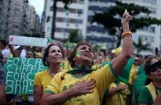 Hàng chục nghìn người Brazil tuần hành phản đối tham nhũng