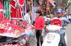Hà Nội rộn ràng cùng không khí đón Giáng sinh và tết Dương lịch