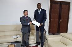 Ngoại trưởng Senegal tiếp Đại sứ Việt Nam Phạm Quốc Trụ