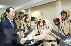 Chủ tịch nước chúc Tết cán bộ, chiến sỹ Cảnh sát Giao thông Hà Nội