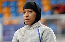 Tòa án Séc xử thua nữ sinh Hồi giáo đòi mang khăn trùm đầu đến trường