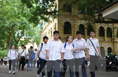 Hà Nội: Chỉ gần 70% học sinh có thể vào lớp 10 hệ công lập