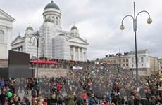 Biểu tình ủng hộ và phản đối người tị nạn tại Phần Lan sang ngày thứ 3