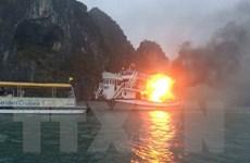 Họp khẩn bàn biện pháp phòng cháy cho các tàu trên Vịnh Hạ Long
