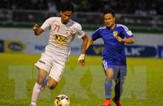 Ghi bàn từ phút thứ 2, Hoàng Anh Gia Lai vẫn thua ngược FLC Thanh Hóa