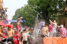 Người dân Lào, Campuchia tưng bừng đón Tết cổ truyền dân tộc