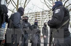 Cảnh sát Đức bắt ba nghi can hỗ trợ âm mưu khủng bố
