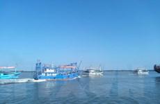 Ngăn chặn khai thác hải sản trái phép: Tăng trách nhiệm chủ tàu