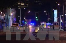 Vụ đâm xe tải trên Cầu London: Đã có ít nhất 1 người thiệt mạng