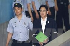 Phó Chủ tịch Tập đoàn Samsung Lee Jae-yong bị kết án 5 năm tù