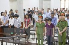 Bị cáo Châu Thị Thu Nga nhận hết tội và xin trả tự do cho 9 đồng phạm