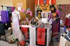Hội chợ từ thiện phụ nữ ASEAN góp phần kết nối cộng đồng tại Jakarta