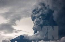 Indonesia gia hạn lệnh đóng cửa sân bay tại Bali vì tro bụi núi lửa