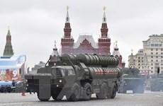 Nga tăng cường bảo vệ không phận phía Đông và phía Tây