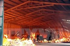 Tuyên Quang: Cháy lớn tại xưởng sản xuất đũa, tăm tre xuất khẩu