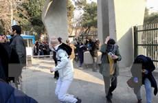 Iran bắt gần 500 người biểu tình chống chính phủ tại thủ đô Tehran