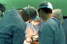 Nội soi gắp thành công dị vật ở thực quản cho bệnh nhân lớn tuổi