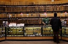 Hãng bán lẻ súng hàng đầu nước Mỹ tuyên bố ngừng bán súng trường
