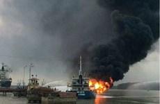 Tàu chở dầu bỗng dưng phát nổ, gây cháy lớn tại Hải Phòng