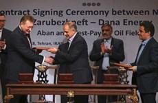 Iran ký thỏa thuận khai thác dầu mỏ trị giá 740 triệu USD với Nga