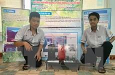 Hai học sinh sáng chế máy điều hòa chân không từ vật liệu rẻ tiền