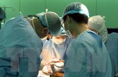 Bác sỹ Nhật-Việt phẫu thuật thành công cho 2 bệnh nhân ung thư