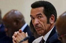 Tổng thống Botswana từ chức, nhường lại vị trí cho phó tổng thống