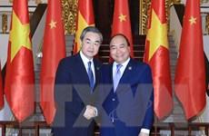Thủ tướng Nguyễn Xuân Phúc tiếp Ngoại trưởng Trung Quốc Vương Nghị
