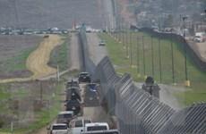 Mỹ: Bang Texas tăng cường 1.000 binh sỹ tới khu vực giáp giới Mexico
