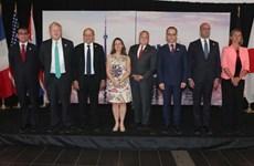 Nhóm G7 tìm kiếm cách tiếp cận chung trong những vấn đề nóng