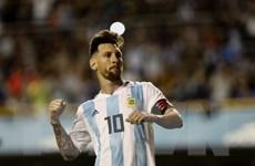 HLV Sampaoli mong Messi tiếp tục thi đấu thêm một kỳ World Cup