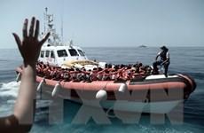 Italy kiên quyết không tiếp nhận tàu cứu hộ chở người di cư gặp nạn