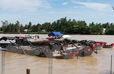 Trà Vinh: Bắt quả tang khai thác cát trái phép trên sông Cổ Chiên