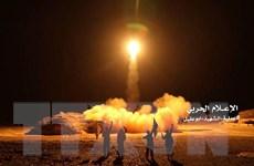 Saudi Arabia đánh chặn tên lửa của Houthi bắn vào thành phố biên giới