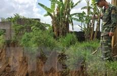 Khai thác cát trái sạt lở bờ sông Đồng Nai: Chính quyền kêu khó xử lý