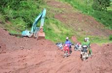 Điện Biên: Thông tuyến Quốc lộ 4H do sạt lở núi tại bản Nà Khuyết