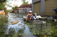 Đảm bảo nước sạch, vệ sinh môi trường, quản lý chất thải sau bão lũ