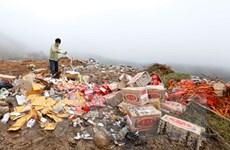 Lâm Đồng tiến hành tiêu hủy hơn 4 tấn hàng hóa nhập lậu