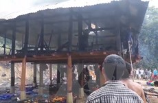 Hỏa hoạn thiêu rụi toàn bộ căn nhà sàn mới xây tại Điện Biên