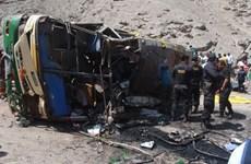 Peru: Lại một chiếc xe buýt lao xuống vực, 15 người thiệt mạng