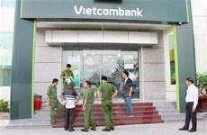 Vietcombank Khánh Hòa bị hai đối tượng dùng vũ khí cướp tiền